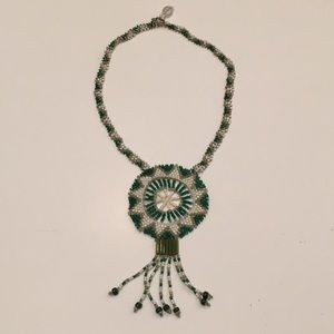 Jewelry - vintage African beaded necklace!